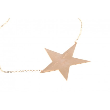 "<p>Gold Filled chain necklace, adorned with 18k gold-plated brass flat maxi star, with the phrase ""I AM A SUPER STAR""</p>"