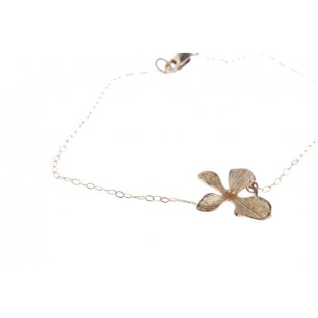 <p>Cadena de Gold Filled con orquídea chapada en oro de 18k.</p>