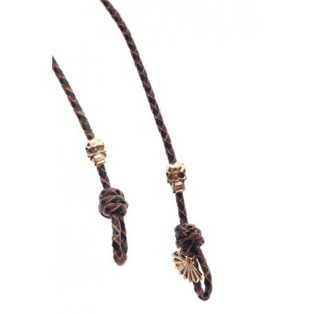 <p><span>Práctico collar para cualquier tipo de gafa.</span><br /><br /><span>Cordón de cuero trenzado en marron y negro (3mm), con adorno de calaveras (o cocodrilos) chapadas en oro de 18k.</span><br /><br /><span>Largo aproximado: 88cm</span><br /><br /><span>Disponible en más colores. Adorno de cabeza de cocodrilo o calavera, disponible también chapado en plata de ley.¡Consúltanos!</span></p>