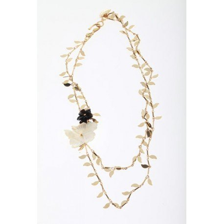 <p>Brass leafs chains (18k gold flash), with m.o.p. flower and black agate flower.</p>