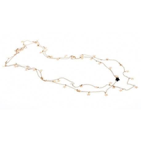 <p>Collar extra largo de estrellitas,chapado en oro de 18k, adornado con estrella negra de cristal de swarovski y estrella blanca de nacar.</p> <p>Largo aproximado: 74cm</p>