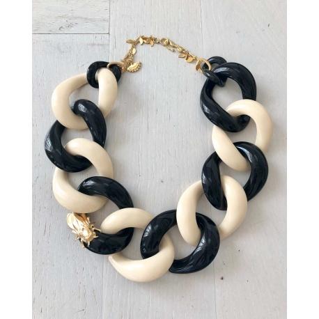 Valencia BN, collar